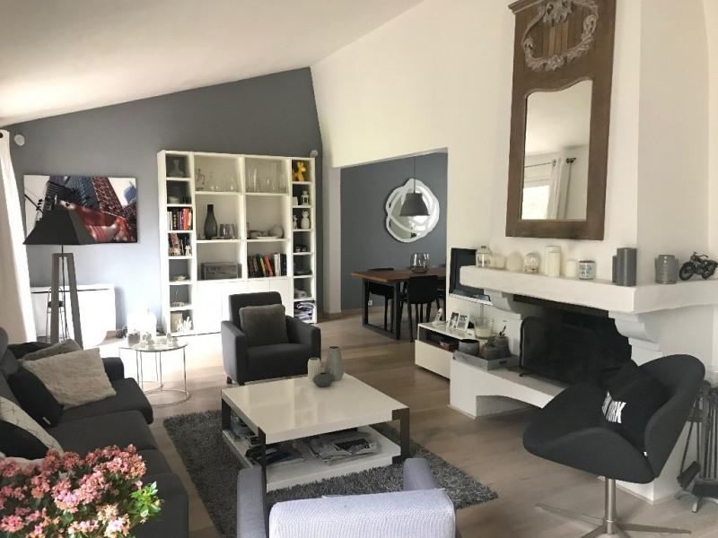 Rental house / villa Feucherolles 2850€ +CH - Picture 1