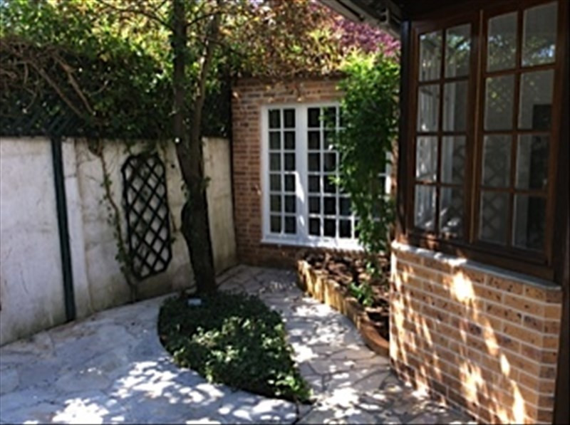 Location maison / villa Le pecq 2 850€ CC - Photo 10
