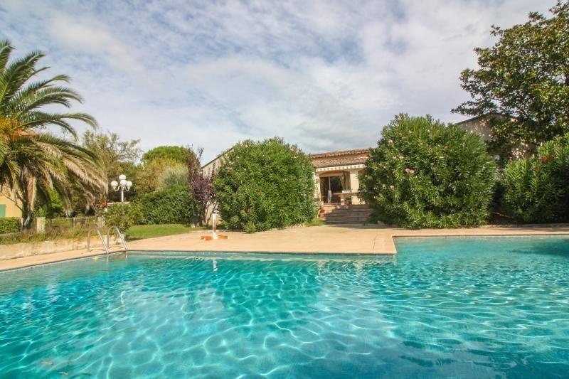 Vente maison / villa Uzes 425000€ - Photo 1