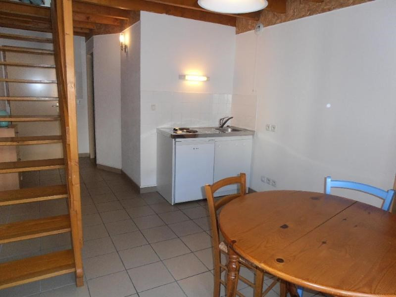 Rental apartment Nantua 327€ CC - Picture 2