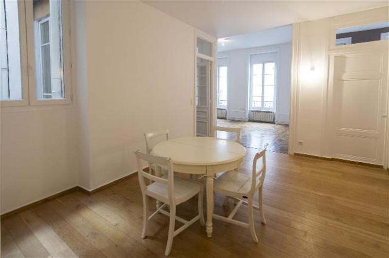 Sale apartment Lyon 6ème 539000€ - Picture 2