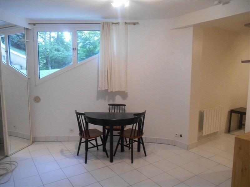 Rental apartment Verrieres le buisson 590€ CC - Picture 4