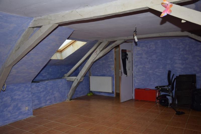 Sale house / villa Chaumont d'anjou 165600€ - Picture 9