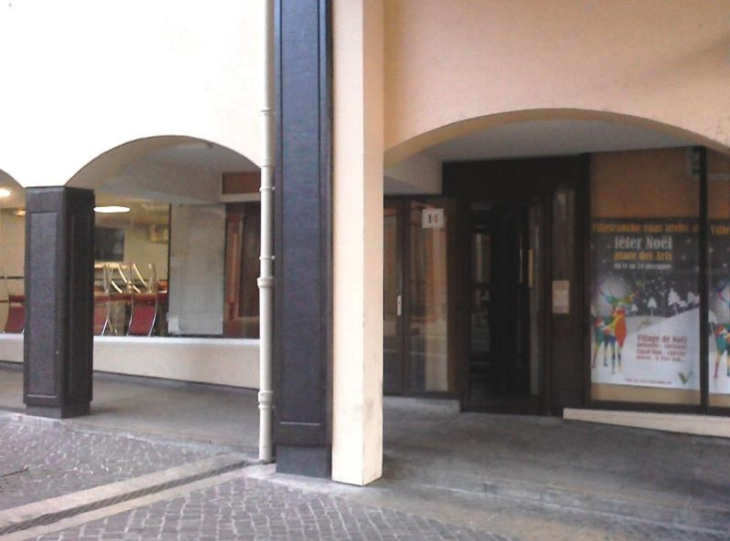 Location appartement Villefranche 429€ CC - Photo 2