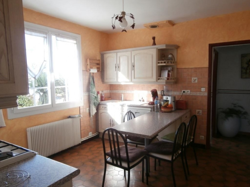 Sale house / villa Saint pierre d'eyraud 175 750€ - Picture 5