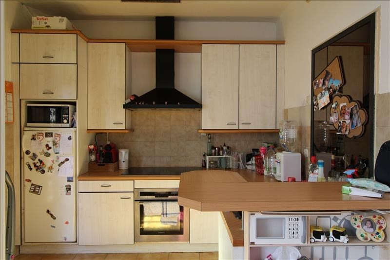 Rental house / villa Trappes 1068€ CC - Picture 1