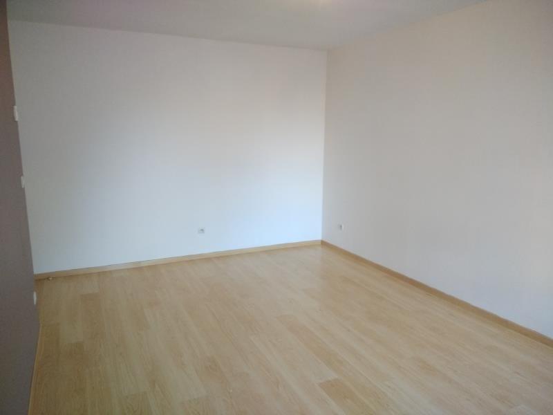 Rental apartment Vendome 460€ CC - Picture 2