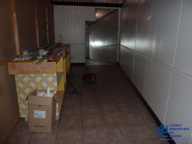 Location local commercial Pontivy 1 000€ HC - Photo 3