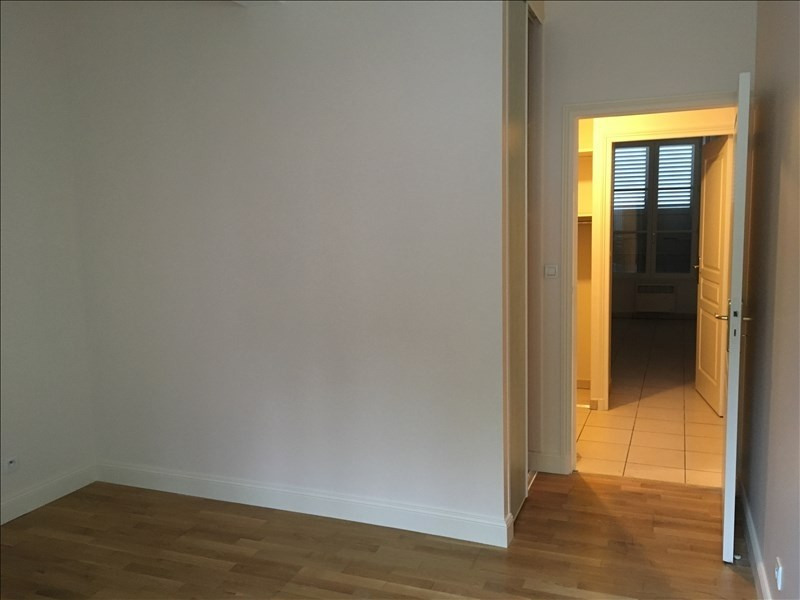 Rental apartment Vendome 652€ CC - Picture 7