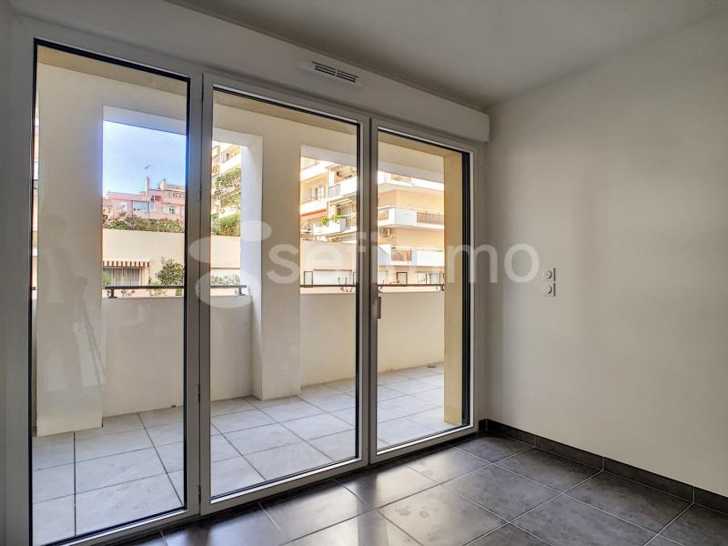 Location appartement Marseille 7ème 790€ CC - Photo 5