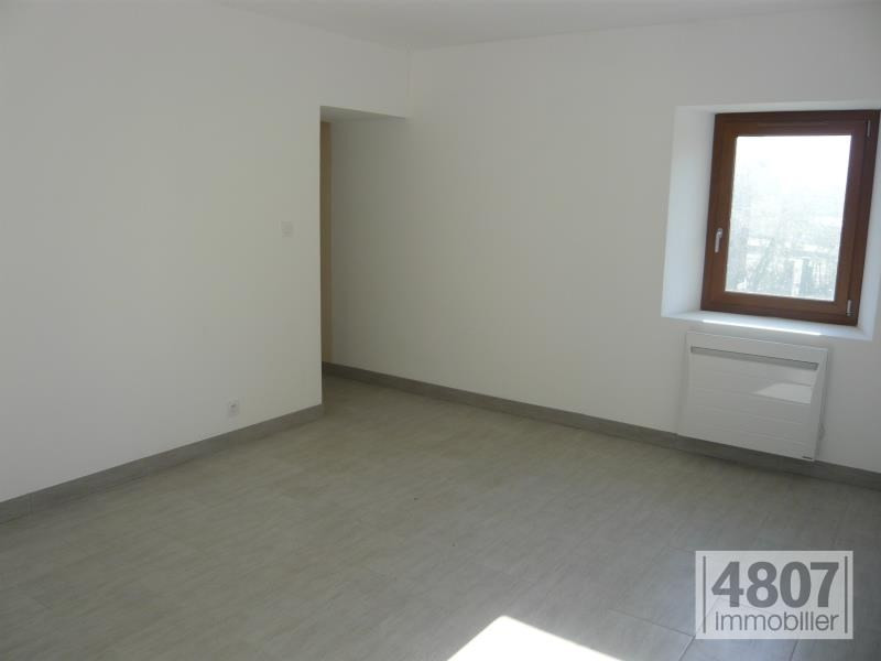 Location maison / villa Cluses 890€ CC - Photo 2