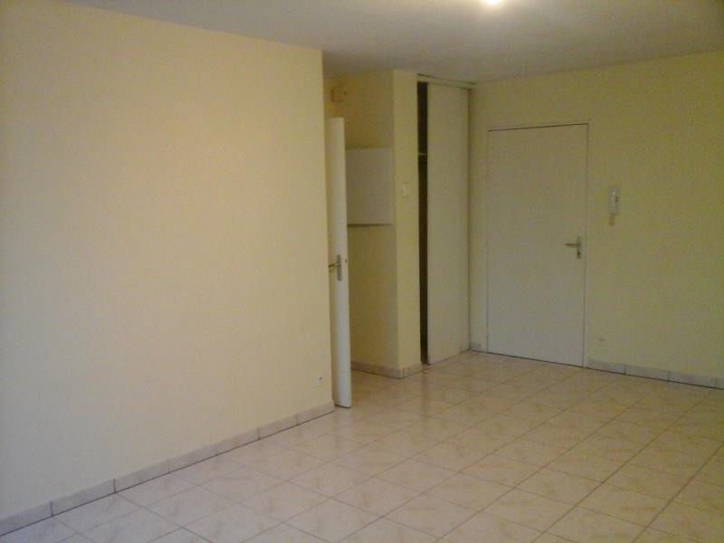 Location appartement Neuville du poitou 425€ CC - Photo 3