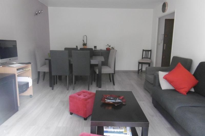 Sale apartment Noisy le grand 199000€ - Picture 2
