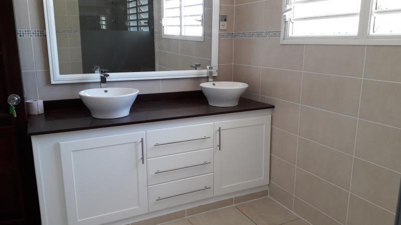 Location maison / villa St denis 3000€ CC - Photo 8