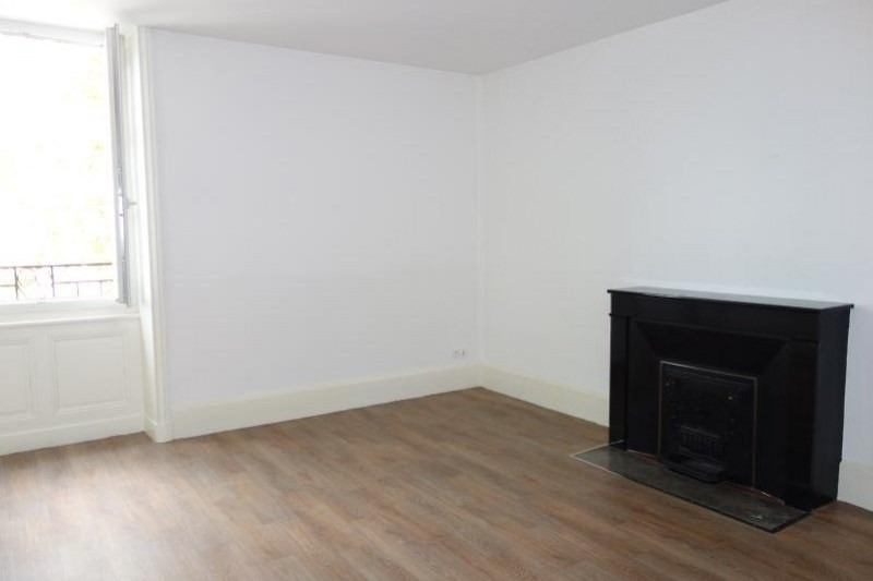 Rental apartment Roanne 555€ CC - Picture 2