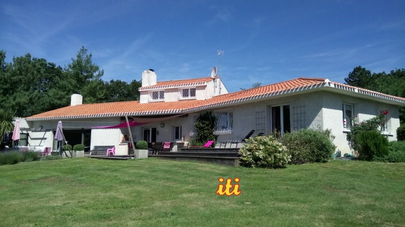 Vente de prestige maison / villa Chateau d'olonne 694000€ - Photo 1