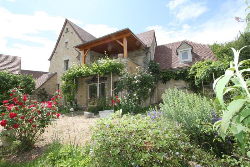 Sale house / villa Ginouillac 185000€ - Picture 1