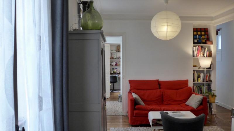 Sale apartment Paris 11ème 650000€ - Picture 1