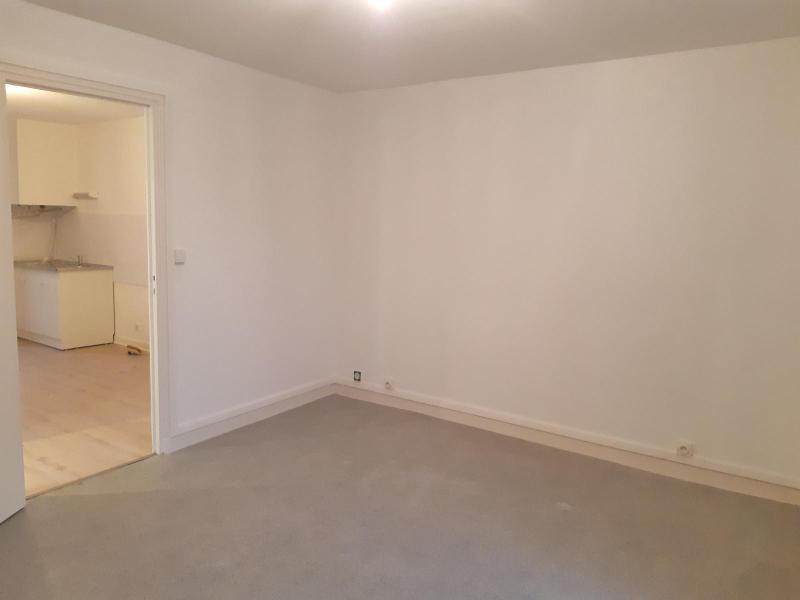 Location appartement Anse 385,83€ CC - Photo 5