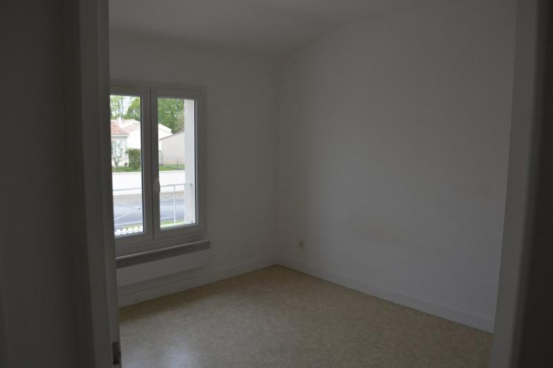 Sale house / villa Fléac 118800€ - Picture 6