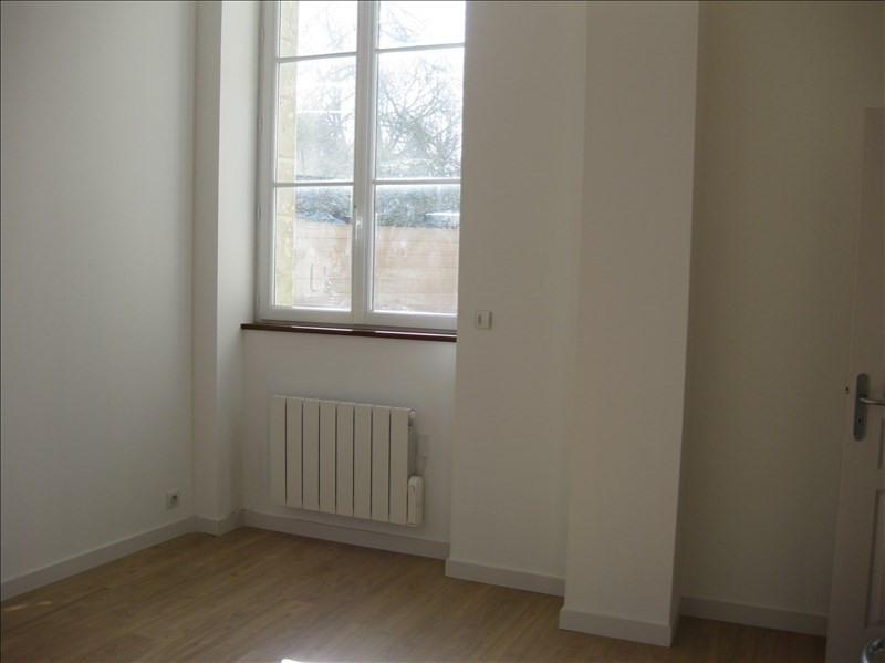 Location appartement 29350 385€ CC - Photo 4