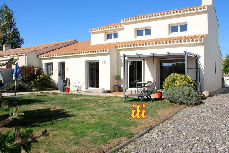 Sale house / villa Chateau d'olonne 339900€ - Picture 1