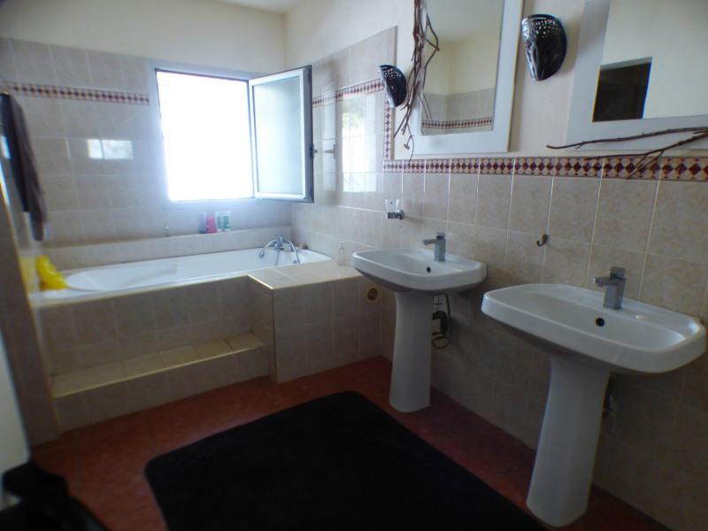 Deluxe sale house / villa L etang sale les bains 551200€ - Picture 5