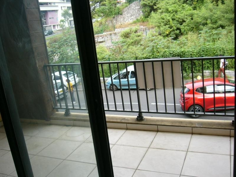 Location appartement Ste clotilde 493€ CC - Photo 3