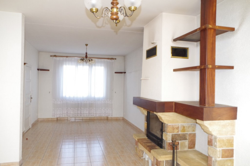 Sale house / villa Montargis 159000€ - Picture 2