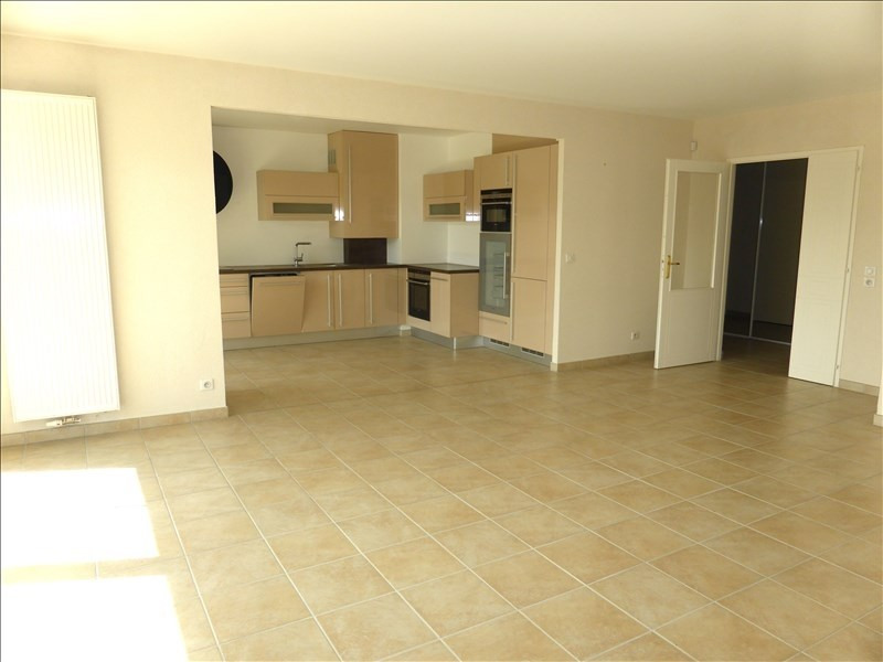 Location appartement Ferney voltaire 2258€ CC - Photo 2