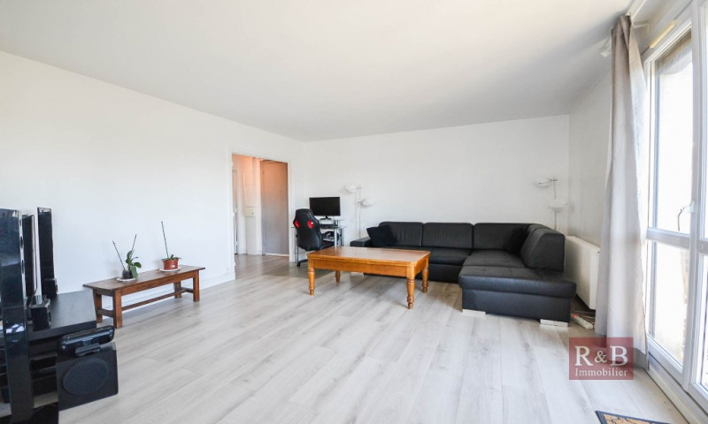Vente appartement Plaisir 193 000€ - Photo 1