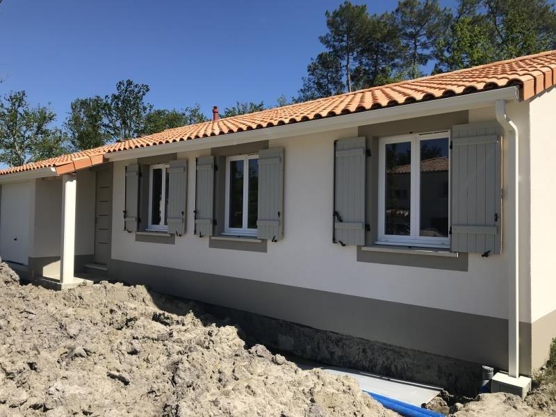 Sale house / villa Arsac 262500€ - Picture 1