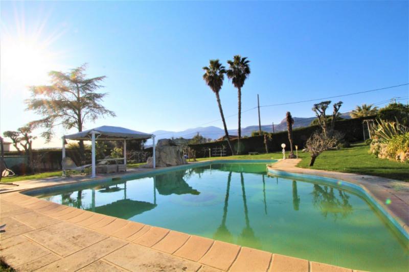 Deluxe sale house / villa Vence 1879000€ - Picture 2