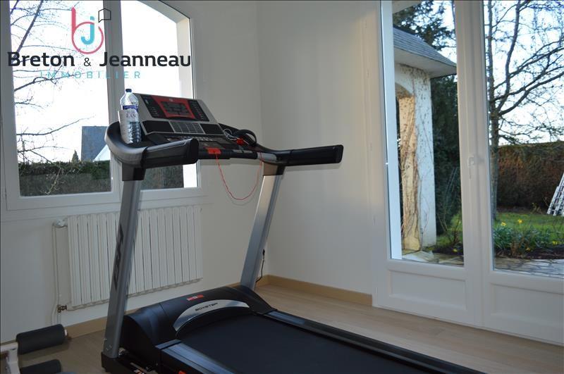 Sale house / villa Laval 291200€ - Picture 8