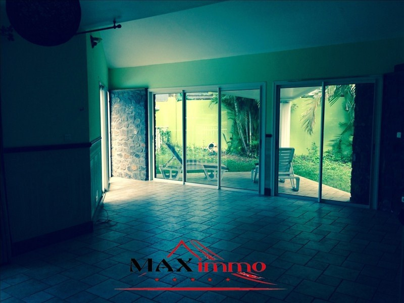 Location maison / villa Sainte marie 1 650€ CC - Photo 4