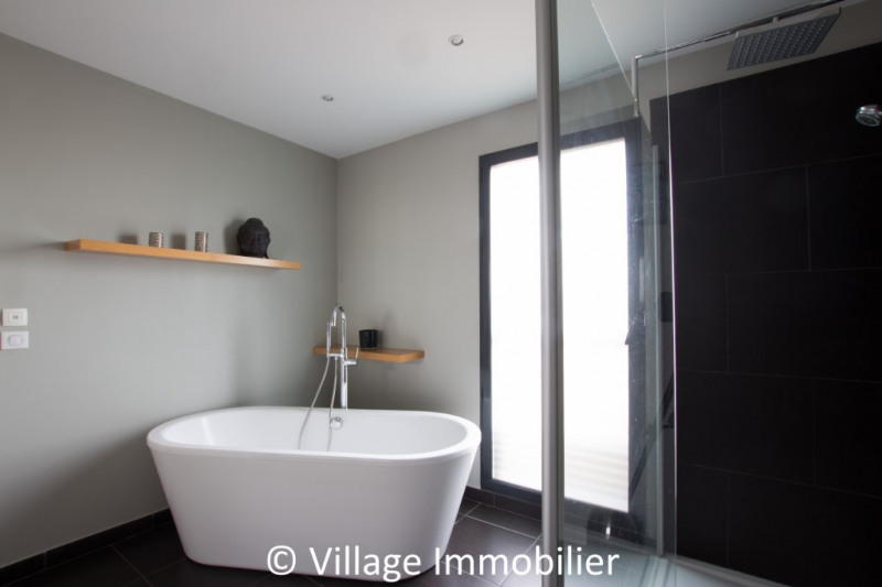 Vente de prestige maison / villa St priest 950000€ - Photo 12