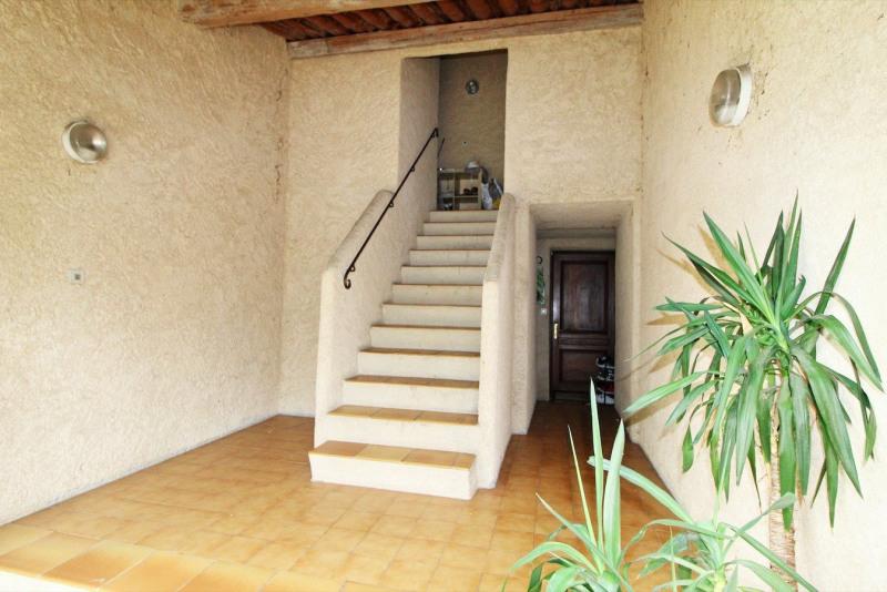 Vendita appartamento Tourrettes 153000€ - Fotografia 2