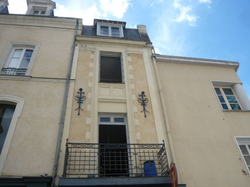 Investment property building Laval 144000€ - Picture 2