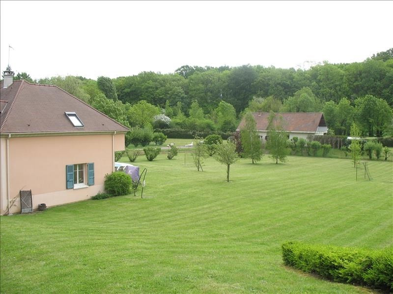 Rental house / villa Chambourcy 3 774€ CC - Picture 10