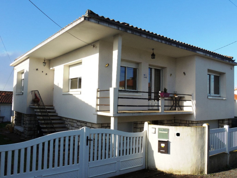 Sale house / villa Royan 388000€ - Picture 1