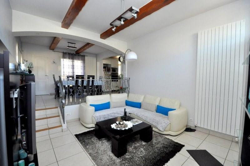 Sale house / villa Breuillet 239000€ - Picture 2