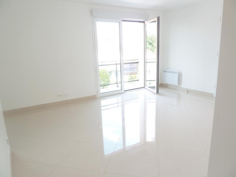 Rental apartment Villemomble 980€ CC - Picture 2