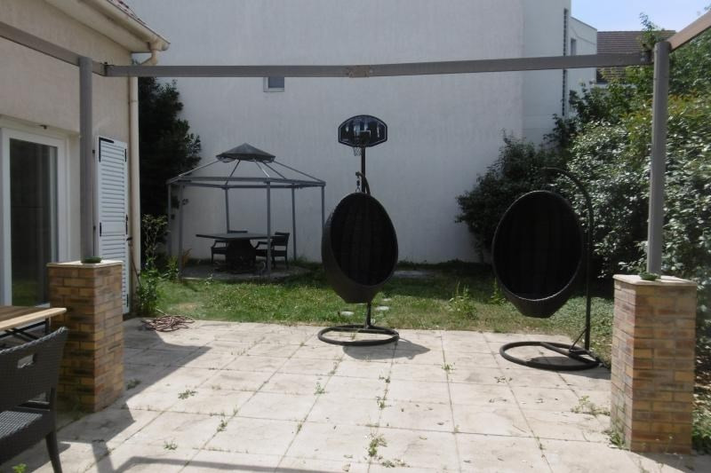 Vente maison / villa Noisy le grand 575000€ - Photo 5