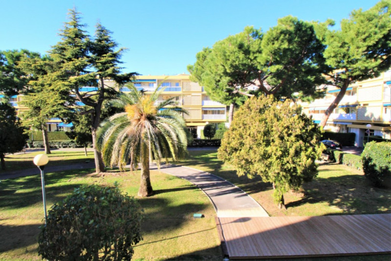 Sale apartment Saint laurent du var 219 000€ - Picture 11