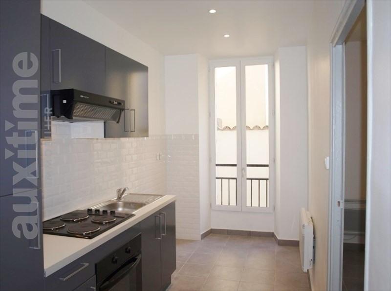 Location appartement Marseille 2ème 495€ CC - Photo 2