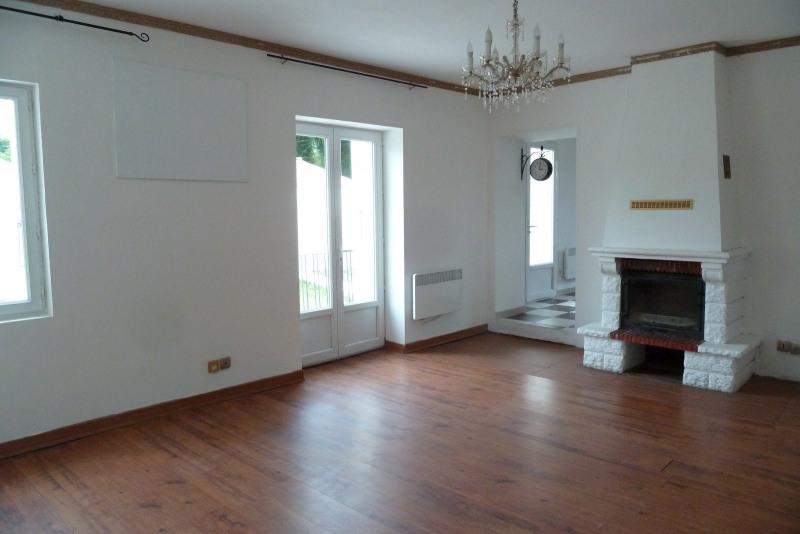 Sale house / villa Surgeres 179140€ - Picture 3