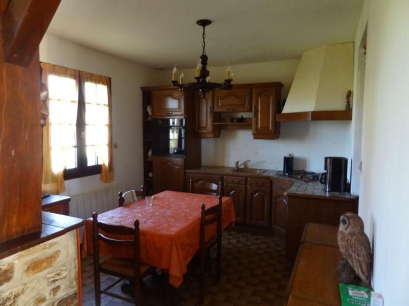 Sale house / villa Mael carhaix 190500€ - Picture 8