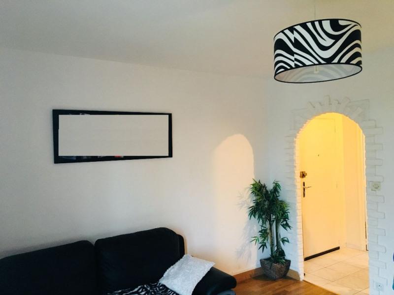 Sale apartment Beauvais 96000€ - Picture 2