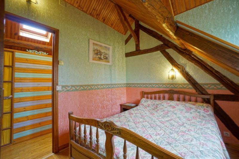 Sale house / villa Les andelys 242000€ - Picture 10