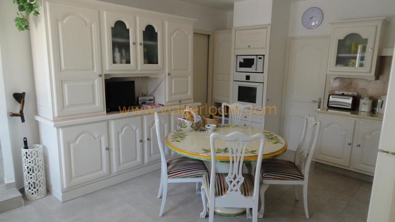 Immobile residenziali di prestigio casa Fréjus 720000€ - Fotografia 6